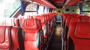 Kulkupeli Bangkokista Trat:iin. Ilmastoitu kaksikerroksinen bussi. Saatiin kakkoskerroksen keulapaikat :)